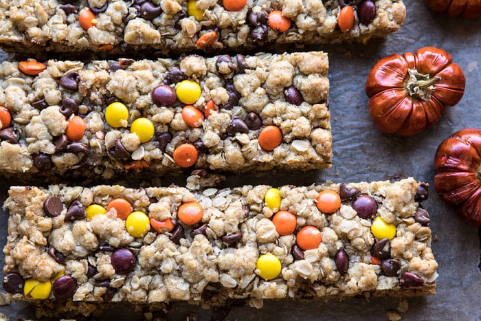 Monster-Oatmeal-Chocolate-Chip-Cookie-Bars