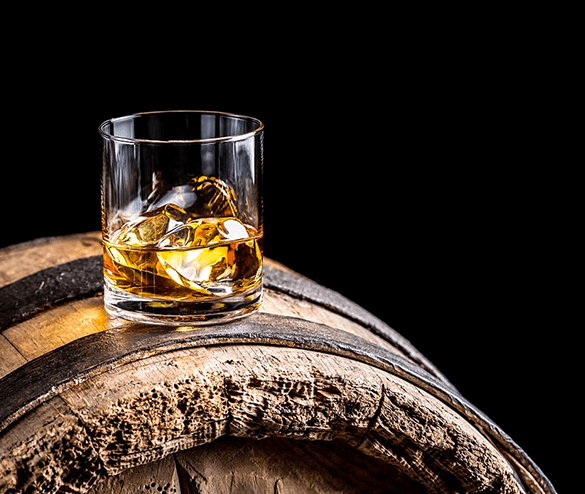 6 Best Places Every Whiskey-Lover Needs To Add To Their Bucket List